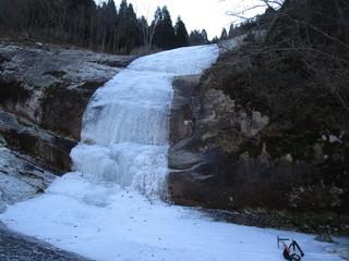29.12.17  三段の滝2ピッチ目.JPG